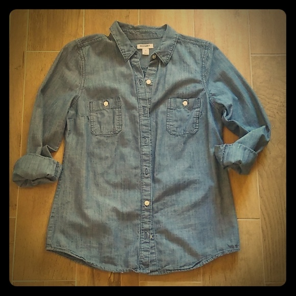 Old Navy Tops - ON chambray shirt